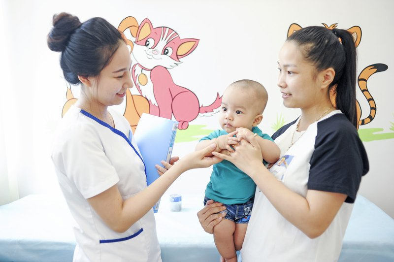 tiêm vắc xin phế cầu